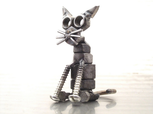 http://www.moi-kotenok.ru/photopost/2010/metal-cats/02.jpg